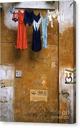 Wall And Laundry In Rome 1955 Canvas Print by The Phillip Harrington Collection