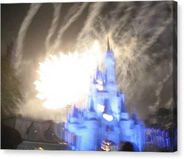Walt Disney World Resort - Magic Kingdom - 121258 Canvas Print by DC Photographer