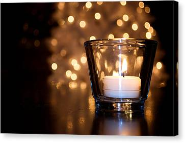 Warm Christmas Glow Canvas Print by Lisa Knechtel