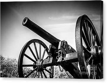 Washington Artillery Park Cannon In New Orleans Canvas Print by Paul Velgos