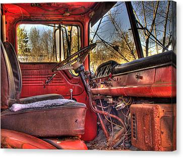 Weathered And Worn  Canvas Print by Thomas Young