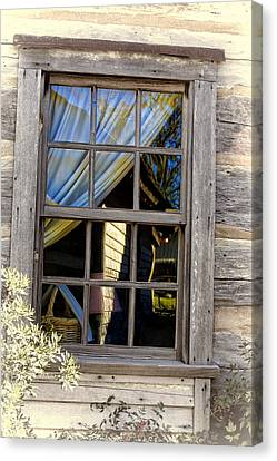 Weathered Window Canvas Print by Linda Phelps