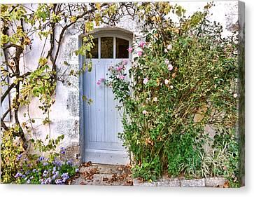 Bienvenue A La Maison  Canvas Print by Olivier Le Queinec