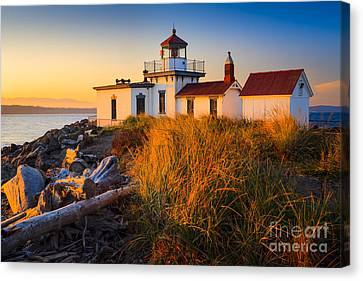 West Point Lighthouse Canvas Print by Inge Johnsson