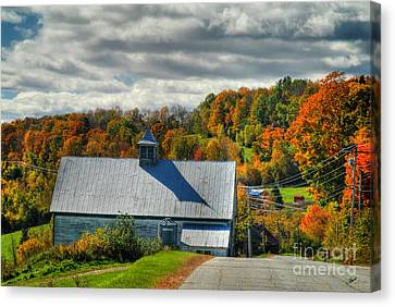 Western Maine Barn Canvas Print by Alana Ranney