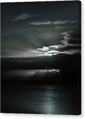 When The Sun Goes Down... Canvas Print by Mario Celzner