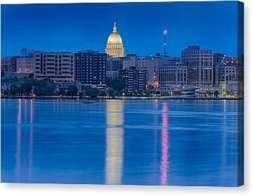 Wisconsin Capitol Reflection Canvas Print by Sebastian Musial
