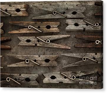 Wooden Clothespins Canvas Print by Priska Wettstein