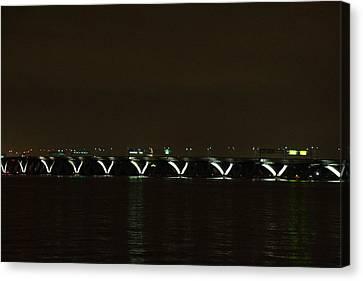 Woodrow Wilson Bridge - Washington Dc - 01138 Canvas Print by DC Photographer