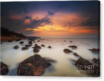 Woodside Beach Sunset Canvas Print by English Landscapes
