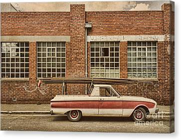 Working Class Canvas Print by Andrew Paranavitana