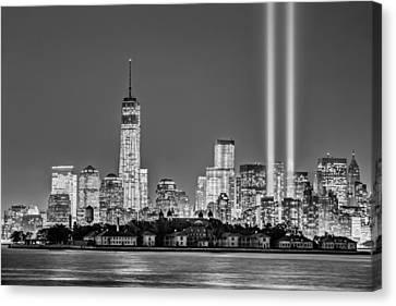 Wtc Tribute In Lights Bw Canvas Print by Susan Candelario