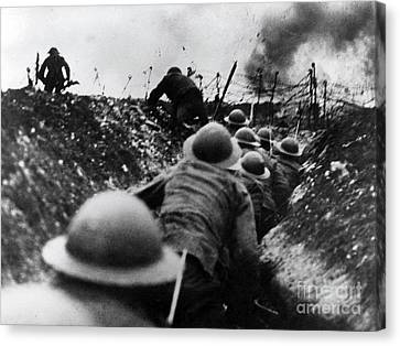 Wwi Over The Top Trench Warfare Canvas Print by Photo Researchers