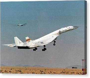 Xb-70 Valkyrie Supersonic Test Bomber Canvas Print by Nasa