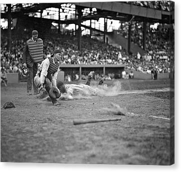 Yankees Lou Gehrig Scores Head First In The 4th Inning Canvas Print by Underwood Archives