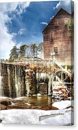 Yates Mill Pond Canvas Print by Benanne Stiens