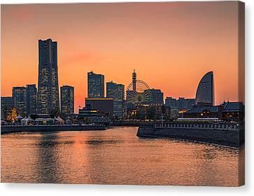 Yokohama 03 Canvas Print by Tom Uhlenberg