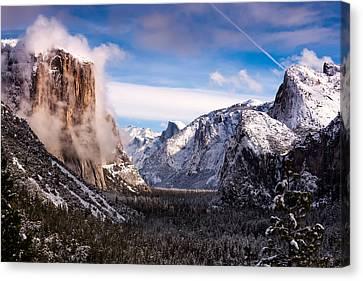 Yosemite Tunnel View Canvas Print by Alexis Birkill