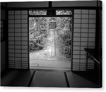 Zen Garden Walkway Canvas Print by Daniel Hagerman