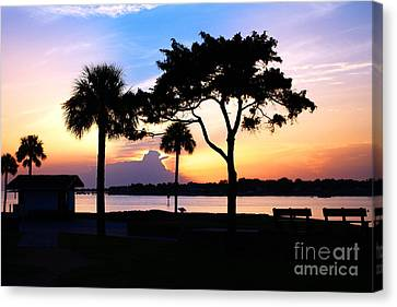 Sunrise At The Old Fort Canvas Print by Richard Burr