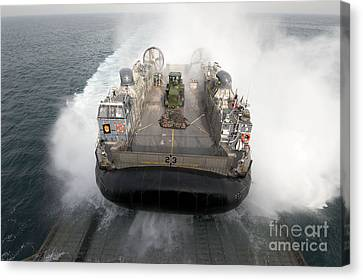 A Landing Craft Air Cushion Enters Canvas Print by Stocktrek Images