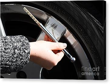 Air Pressure Gauge Canvas Print by Photo Researchers
