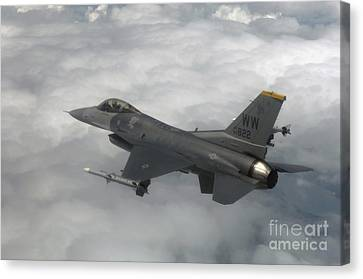 An F-16 Fighting Falcon In Flight Canvas Print by Stocktrek Images