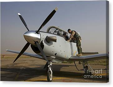 Camp Speicher, Iraq - U.s. Air Force Canvas Print by Terry Moore