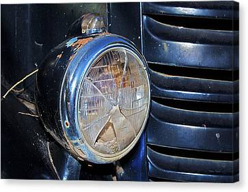 Headlamp Out Canvas Print by Phyllis Denton