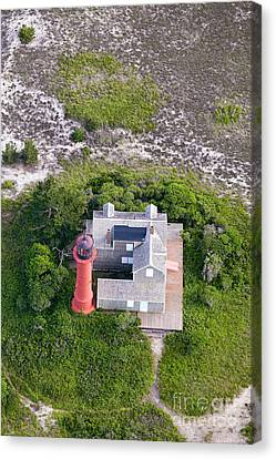 Monomoy Light At Monomoy Wildlife Refuge In Chatham On Cape Cod Canvas Print by Matt Suess