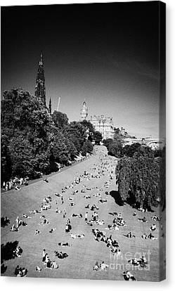 Princes Street Gardens On A Hot Summers Day In Edinburgh Scotland Uk United Kingdom Canvas Print by Joe Fox