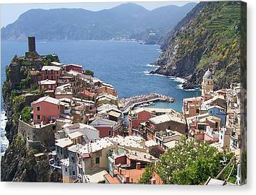 Rooftops Of Vernazza Cinque Terre Italy Canvas Print by Marilyn Dunlap