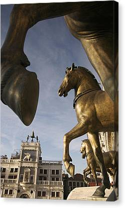 The Horses On The Basilica San Marcos Canvas Print by Jim Richardson