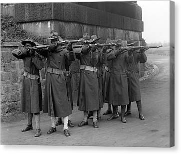 U.s. Army, African American Soldiers Canvas Print by Everett