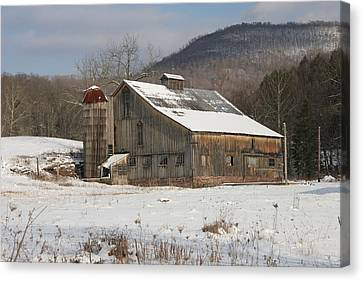Vintage Weathered Wooden Barn Canvas Print by John Stephens