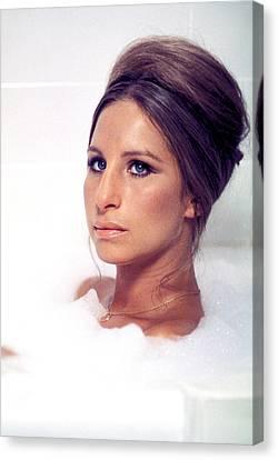 Whats Up, Doc, Barbra Streisand, 1972 Canvas Print by Everett
