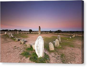 Xarez Cromlech Uring The Sunset Canvas Print by Andre Goncalves