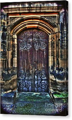 14th Century Door Canvas Print by Yhun Suarez