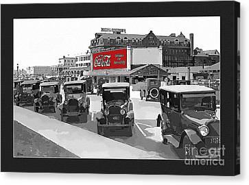 1924 Vintage Automobiles Parked At Atlantic City Canvas Print by Anne Kitzman