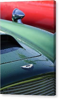 1959 Aston Martin Db4 Gt Hood Emblem 2 Canvas Print by Jill Reger