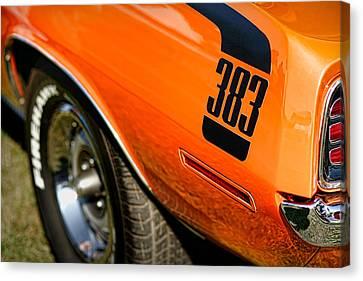 1970 Plymouth Cuda Barracuda 383 Canvas Print by Gordon Dean II