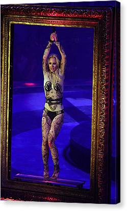 Britney Spears On Stage For The Circus Canvas Print by Everett
