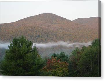 Early Autumn In Vermont Canvas Print by Margrit Schlatter