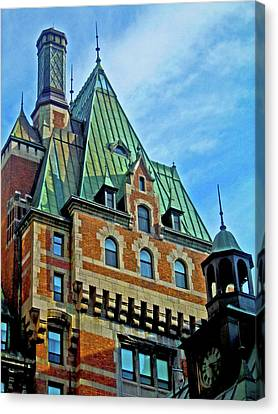 Le Chateau ... Canvas Print by Juergen Weiss