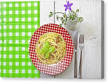 Spaghetti Al Pesto Canvas Print by Joana Kruse