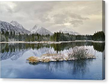 Spillway Lake And The Opal Range, Peter Canvas Print by Darwin Wiggett