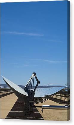 Solar Parabolic Mirror, California, Usa Canvas Print by David Nunuk