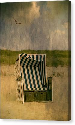 Beach Chair Canvas Print by Joana Kruse