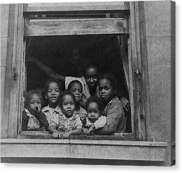 African American Woman And Six Children Canvas Print by Everett