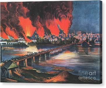 American Civil War Fall Of Richmond Canvas Print by Photo Researchers